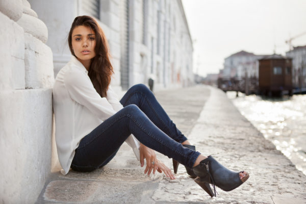 Model shooting in Venice with Melina