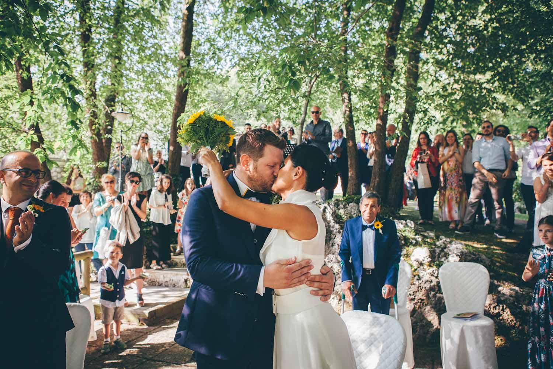 Il bacio durante la cerimonia